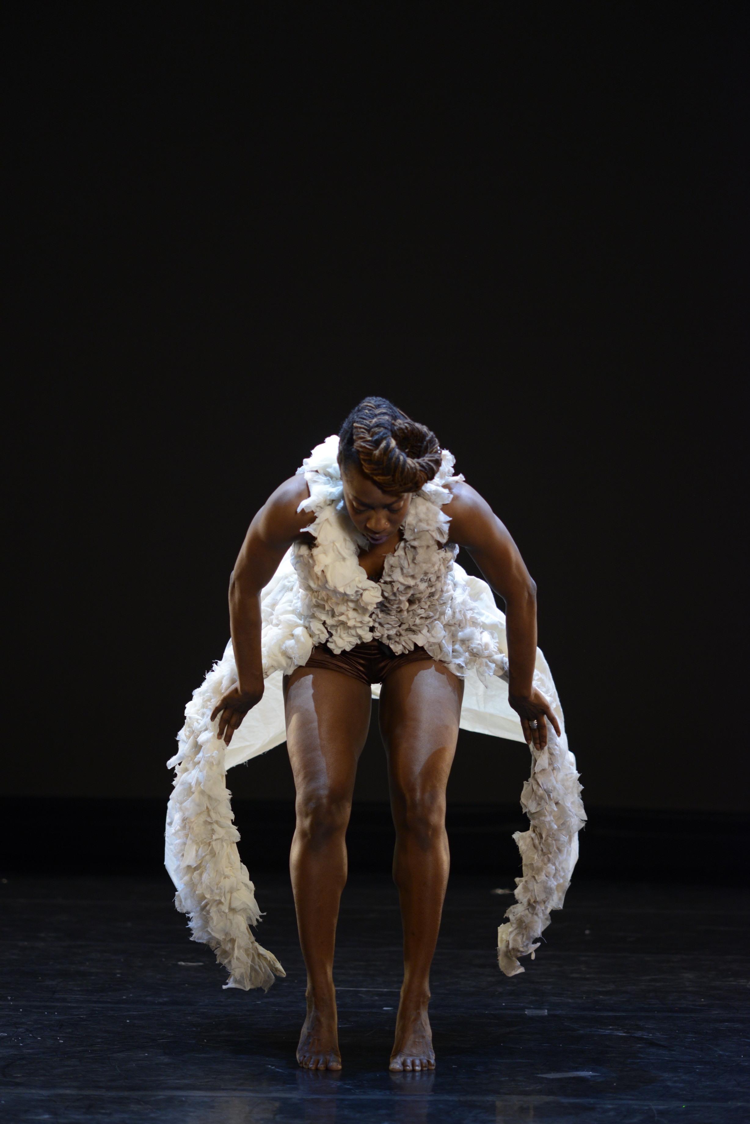 CADEN:CE dancer