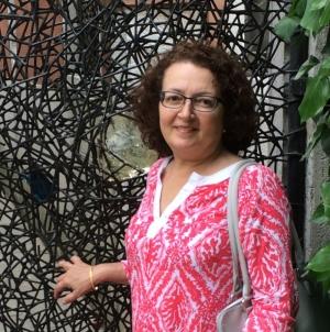 Jeannine Falino