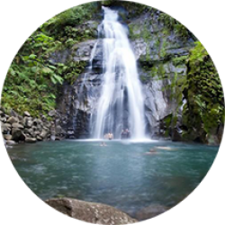 Waterfall | Costa Rica Study Abroad